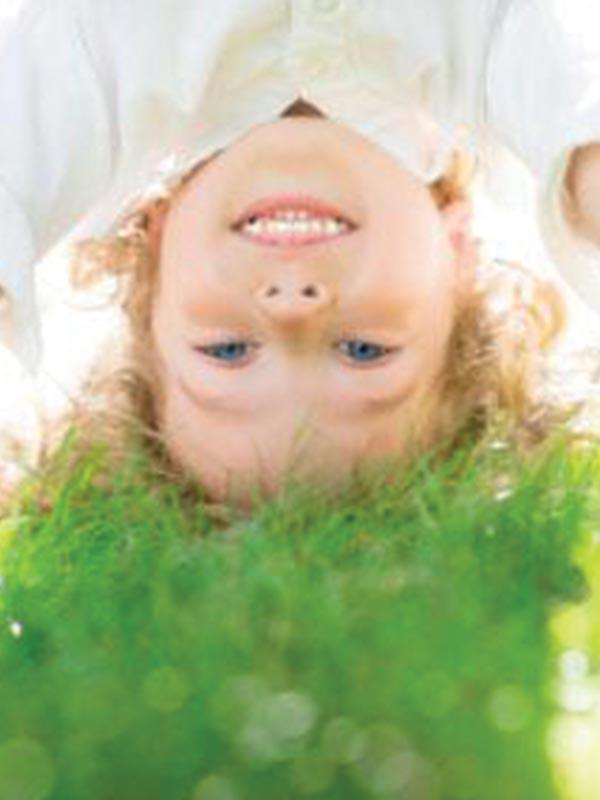 Artificial-Grass-Carpet-Fit-Wales-kids-family-run-business-kids
