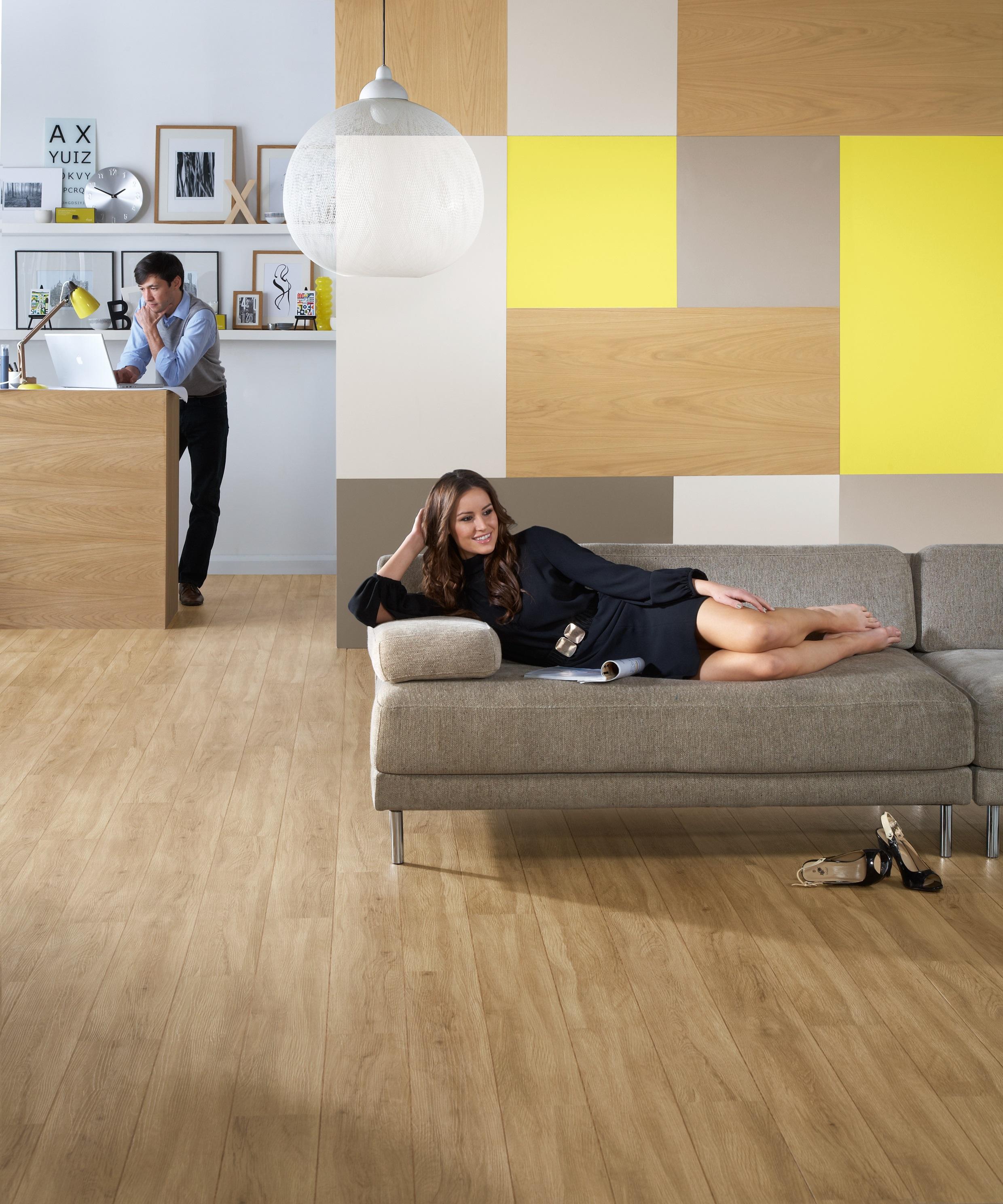 Colonia_English_oak_LVT_luxury_vinyl_tiles_carpet_fit_offer_south_wales_valleys_aberdare_aberaman_industrial_estate_flooring_1