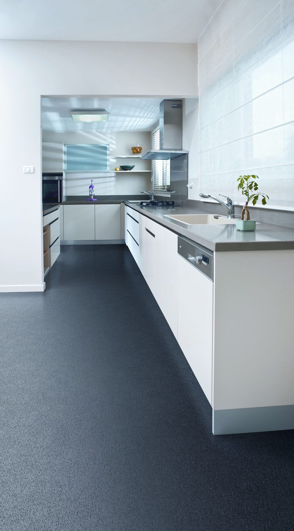 Carpet-Fit-Wales-Luxury-Vinyl-Flooring-Vinyl Linear Charcoal Kitchen