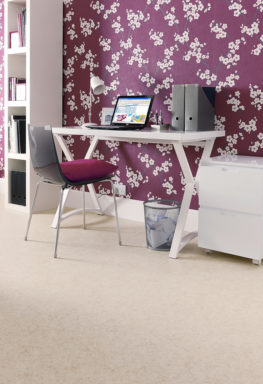 Carpet-Fit-Wales-Luxury-Vinyl-Flooring-Vinyl-office